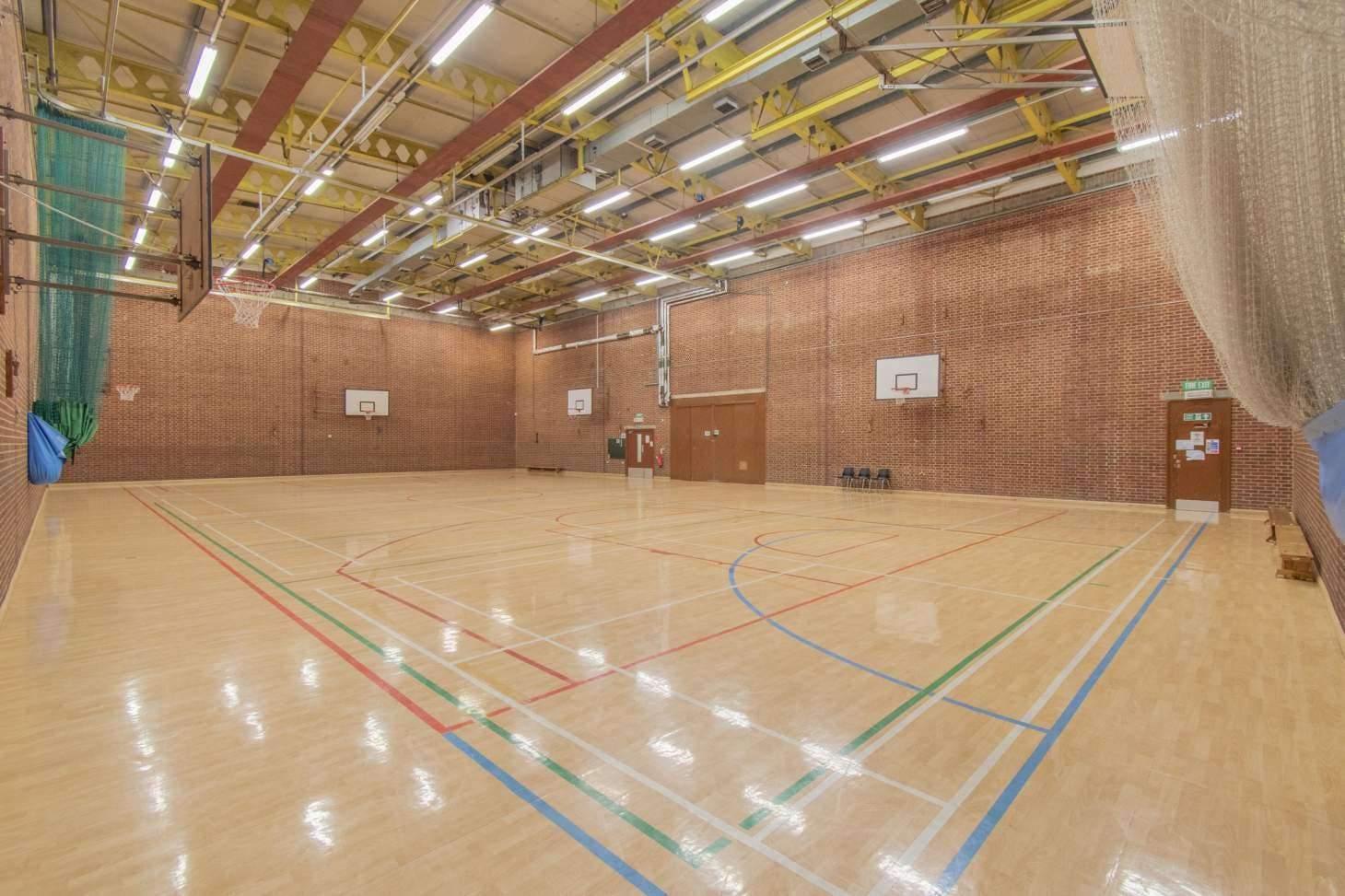 Pastures Youth and Sports Centre Court   Sports hall badminton court