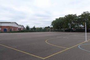 Welling School | Hard (macadam) Tennis Court