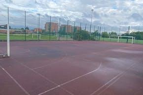 Ark Academy Wembley | Hard (macadam) Basketball Court