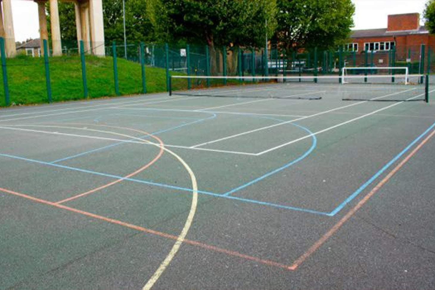 Clapton Girls' School Court   Hard (macadam) basketball court
