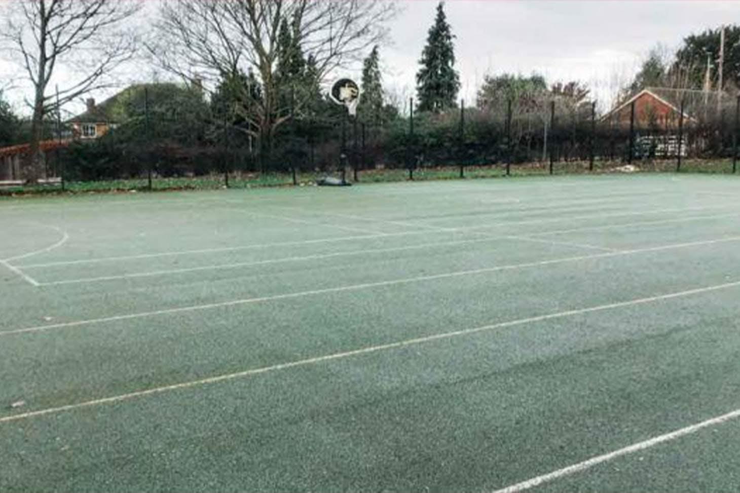 East Barnet School Court | Hard (macadam) netball court