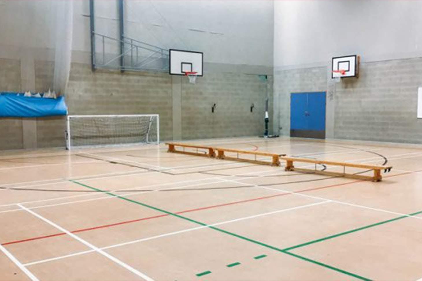 East Barnet School Court   Sports hall volleyball court