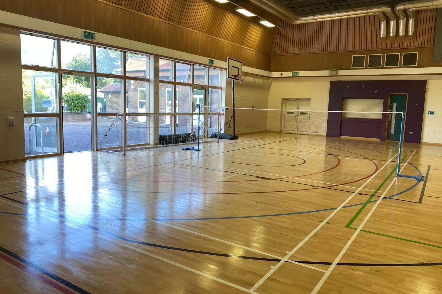 Singh Sabha Sports Centre Court   Sports hall basketball court