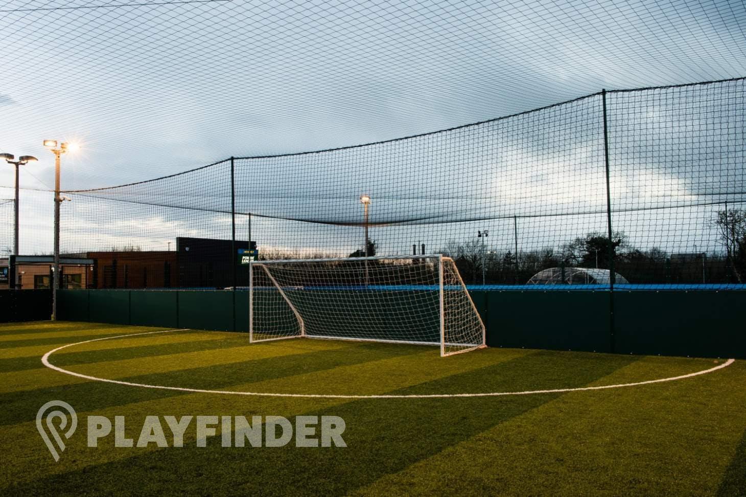 Powerleague Luton 7 a side   3G Astroturf football pitch