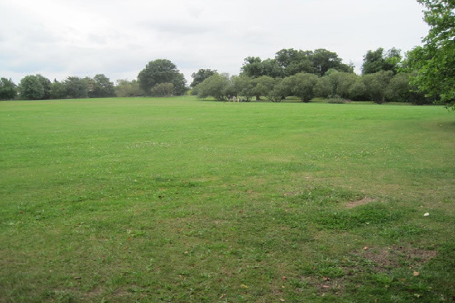 Mill Hill Golf Club 18 hole golf course