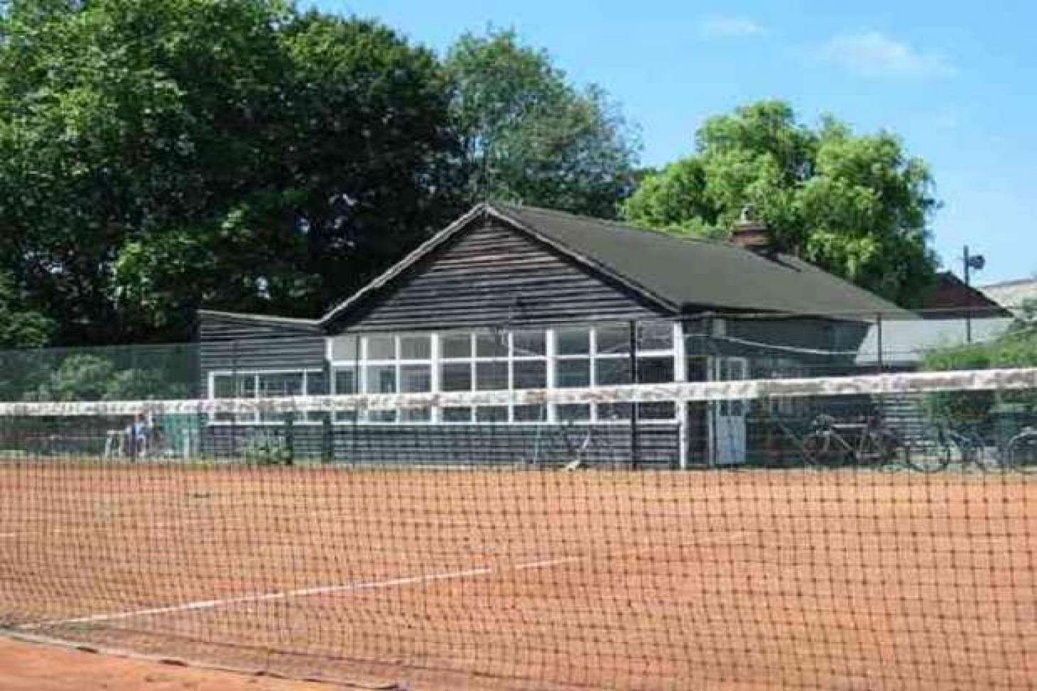 Grafton Lawn Tennis Club Outdoor | Clay tennis court