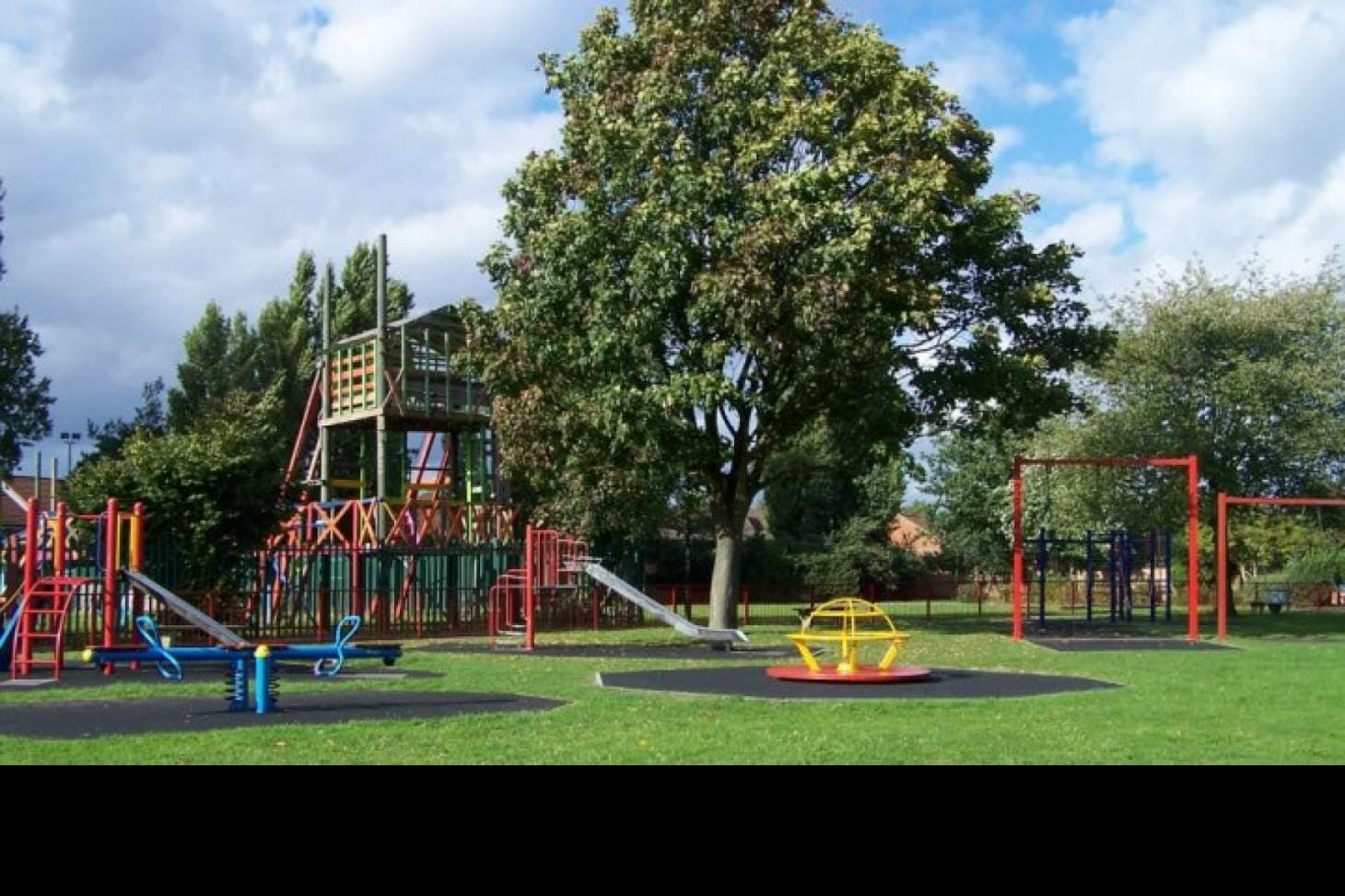 Streatham Vale Park Outdoor | Hard (macadam) tennis court