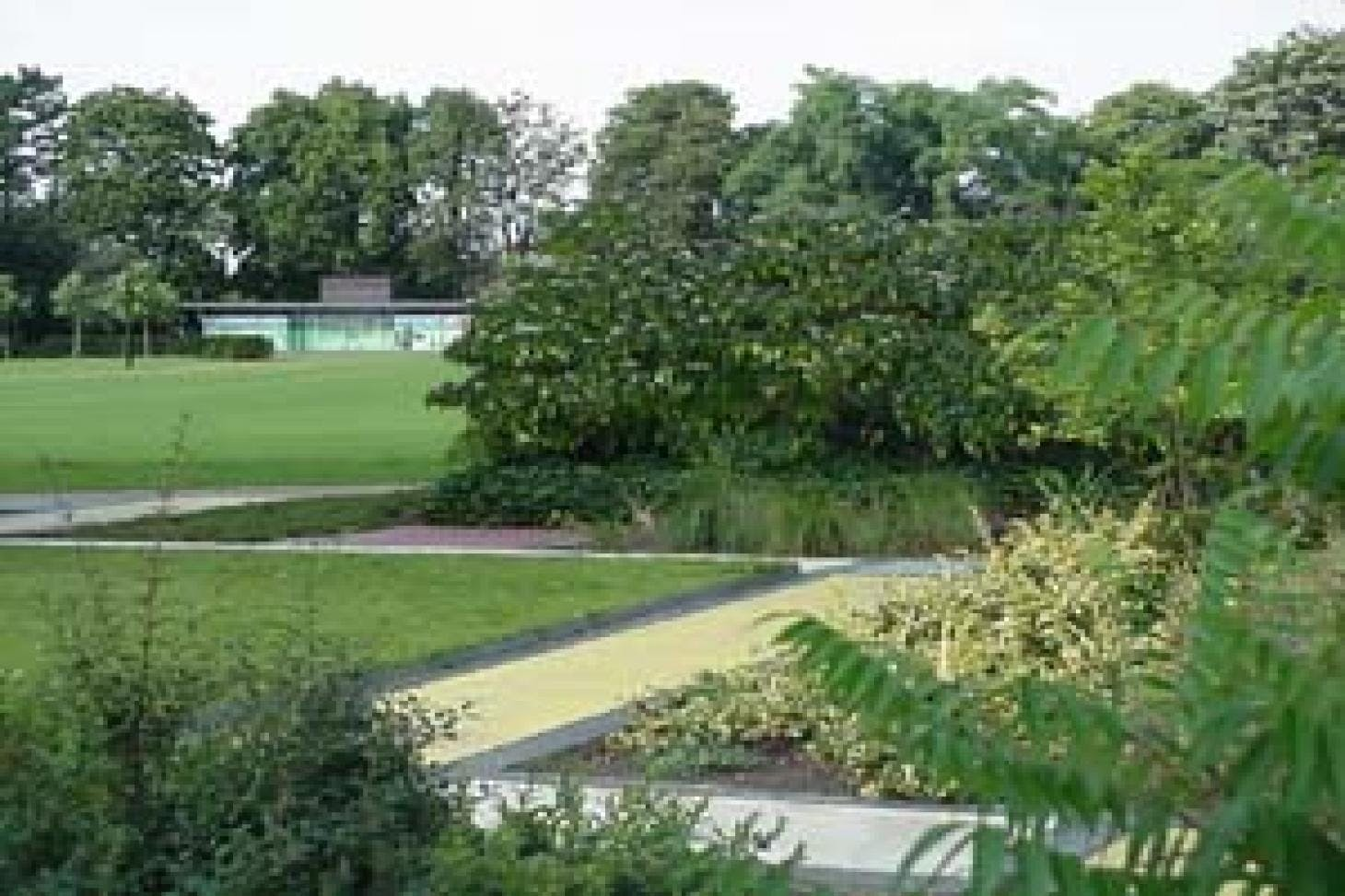 Russell Park Outdoor | Hard (macadam) tennis court