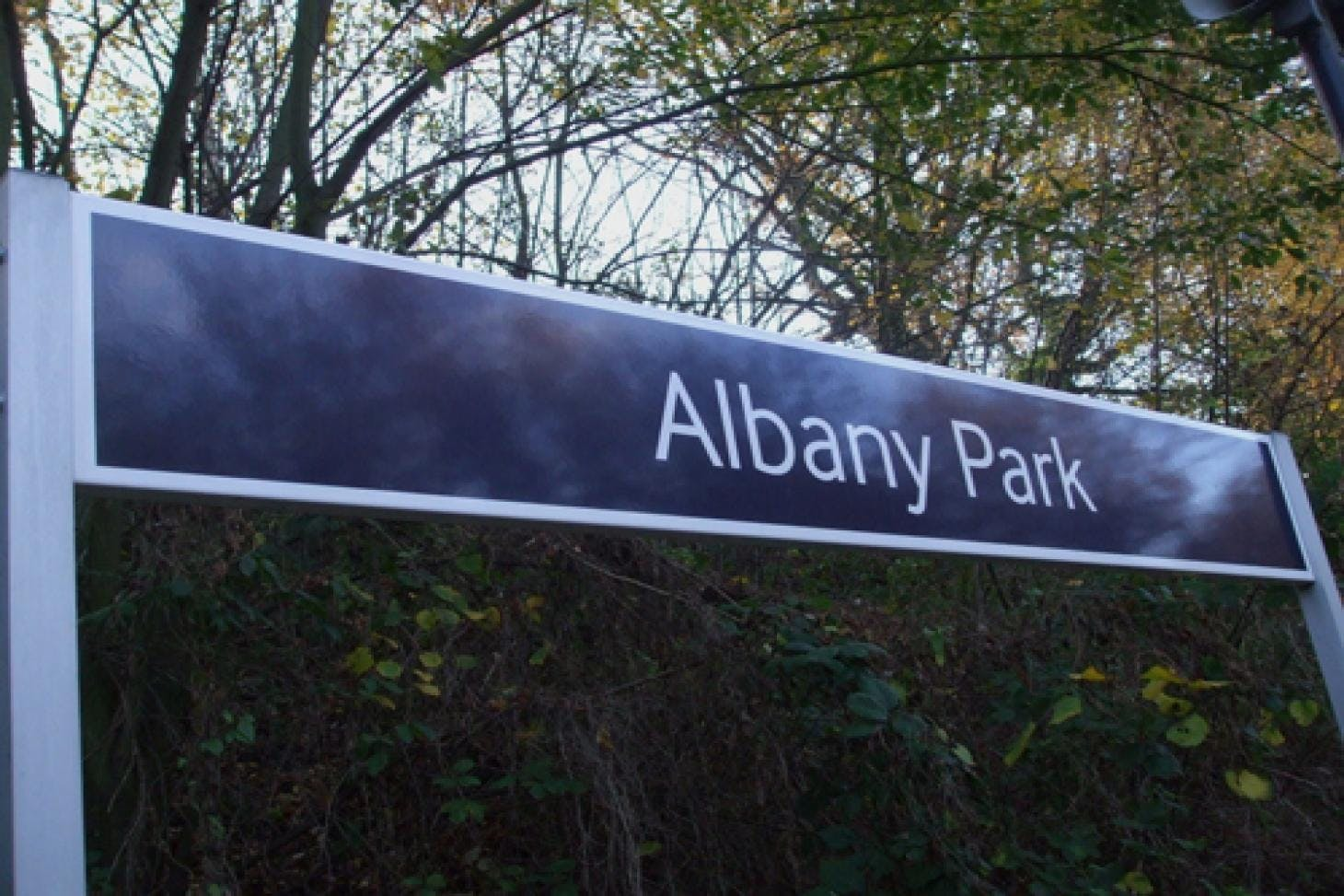 Albany Park 5 a side | Concrete football pitch
