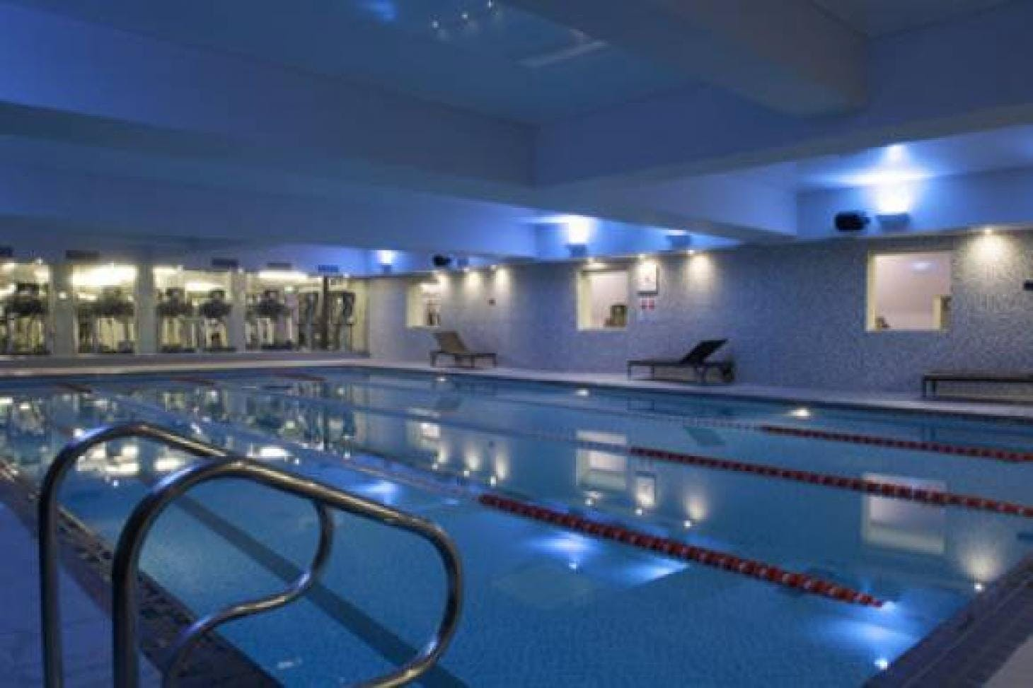 Fitness First Baker Street Indoor swimming pool