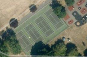 Kneller Gardens | Hard (macadam) Tennis Court