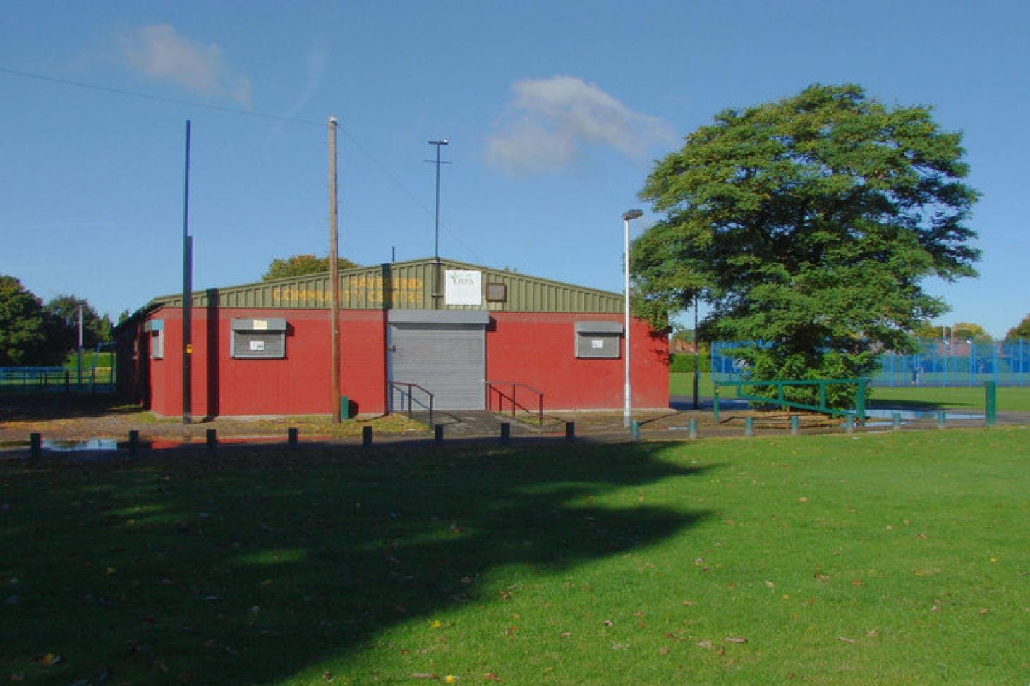Hayes End Recreation Ground 11 a side   Grass football pitch