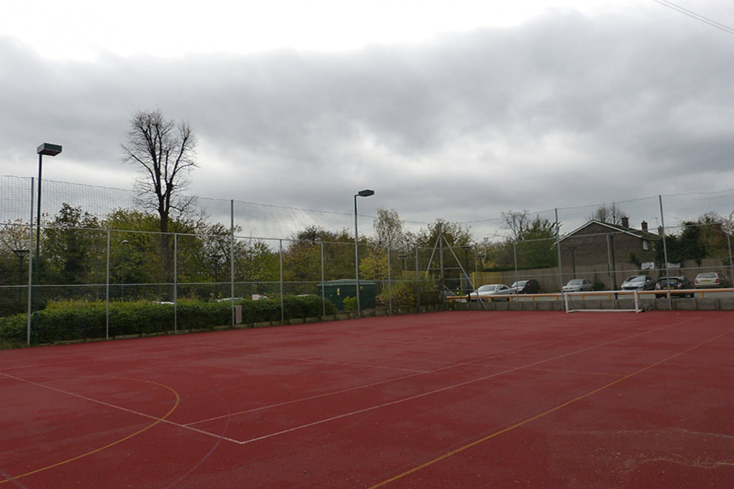 Sutton Life Centre Outdoor | Hard (macadam) tennis court