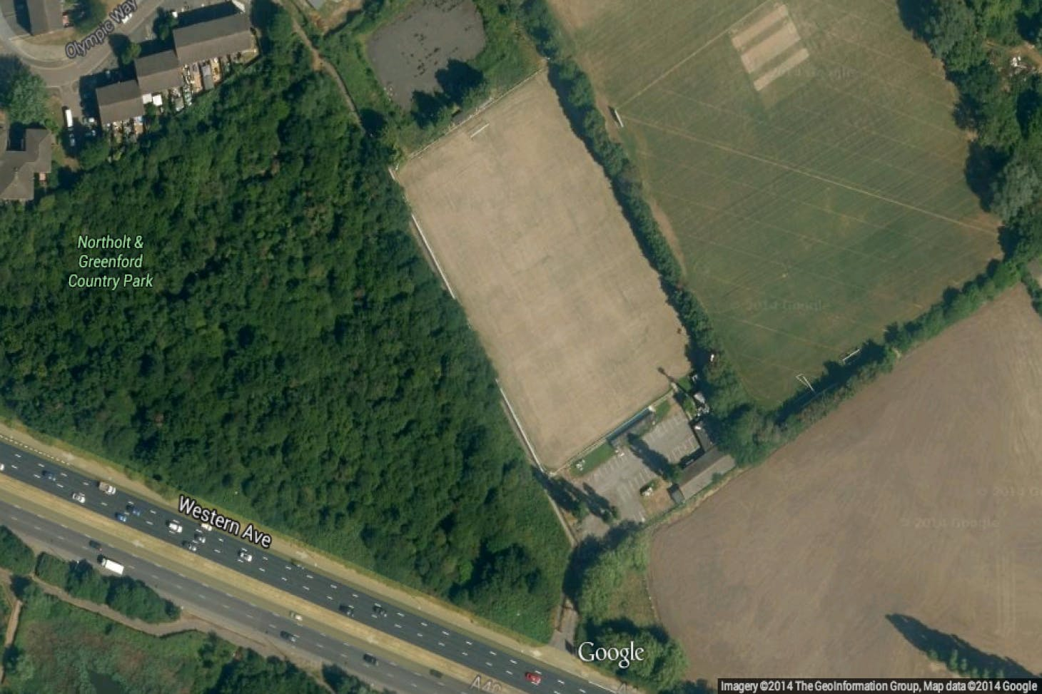 London Marathon Playing Fields - Greenford 11 a side | Grass football pitch