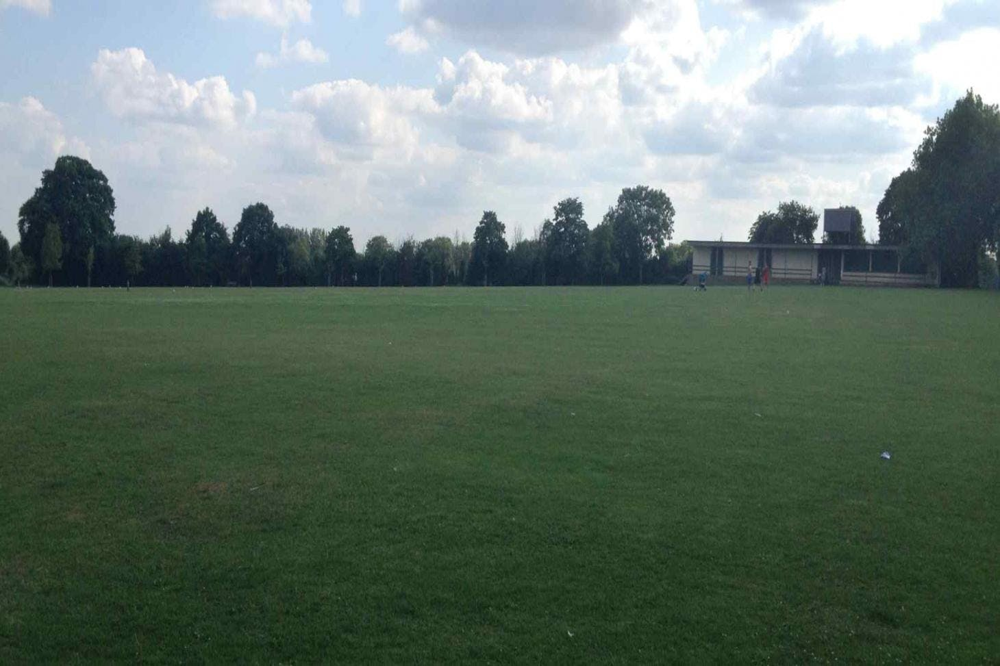 Roxeth Recreation Ground 5 a side | Grass football pitch