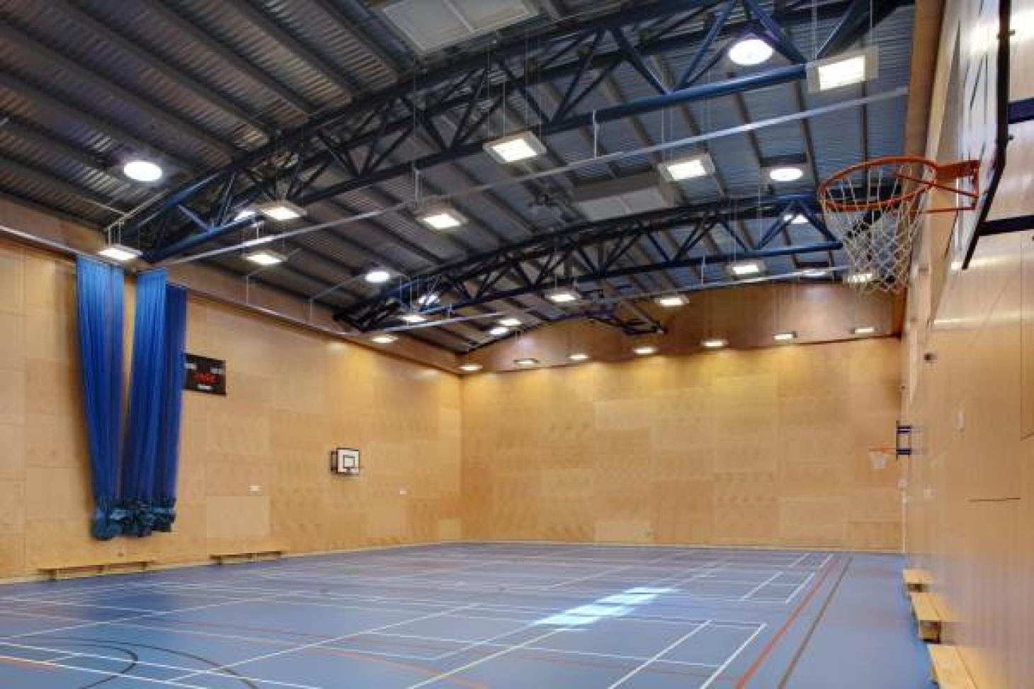 Reynolds Sports Centre 5 a side   Indoor football pitch