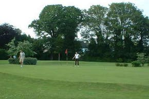 Palewell Common Pitch and Putt | N/a Golf Course