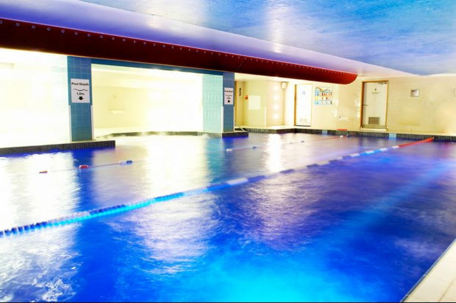 LA Fitness Leadenhall Indoor swimming pool