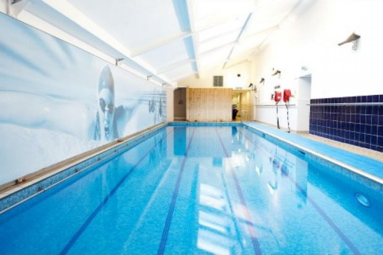 LA Fitness Golders Green Indoor swimming pool
