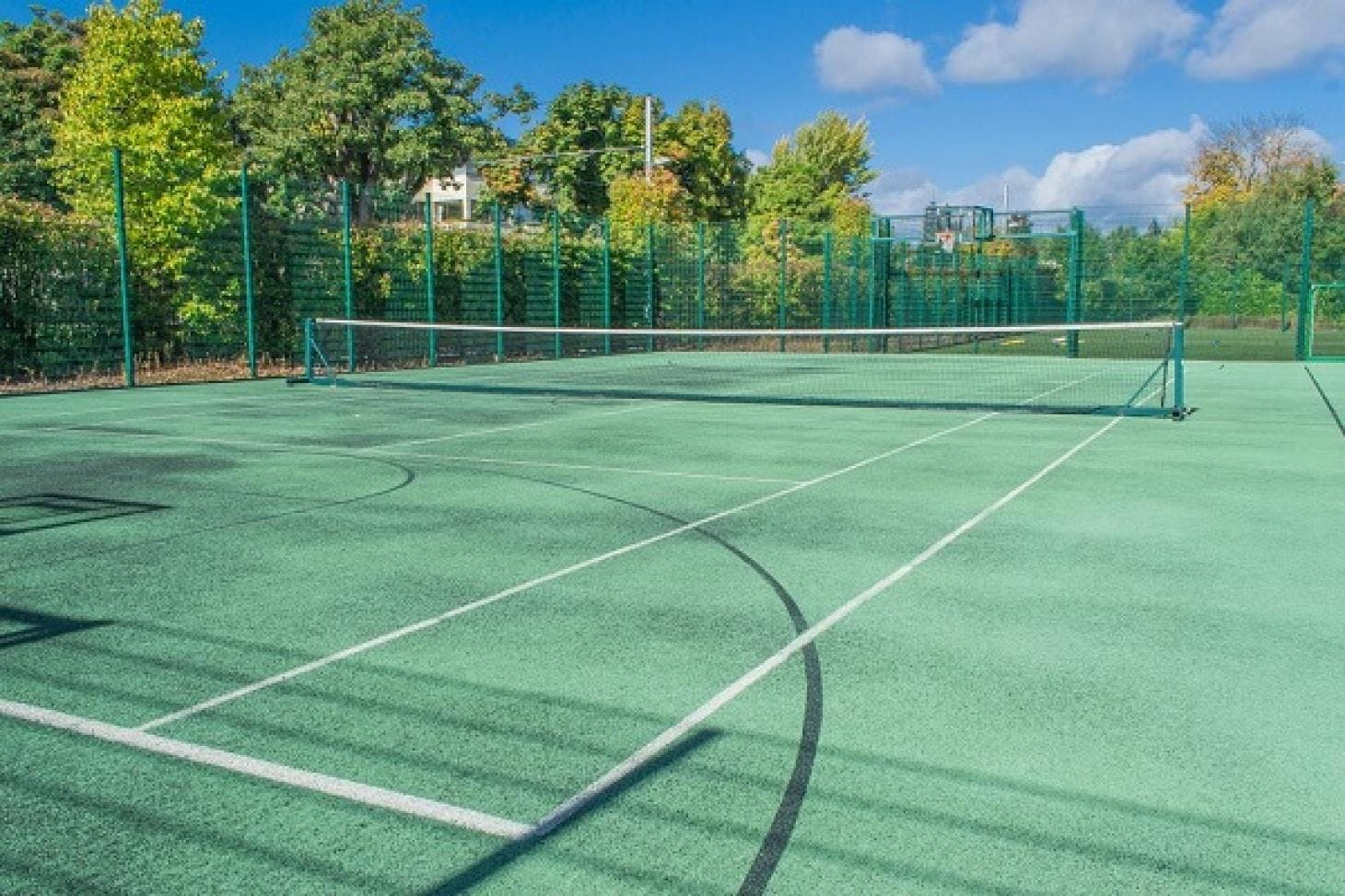 Alexandra College Outdoor | Astroturf tennis court