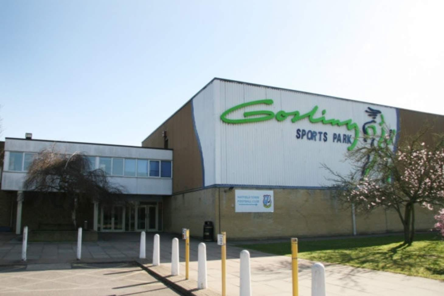 Gosling Sports Park Indoor | Hard badminton court