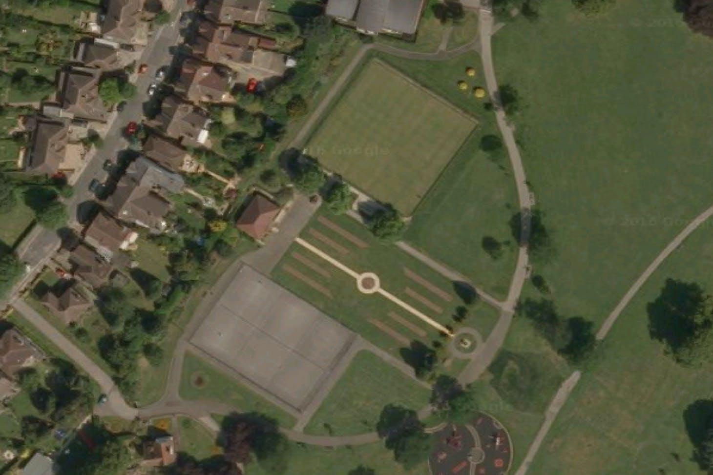 Luton Hoo Memorial Park Outdoor | Hard (macadam) tennis court