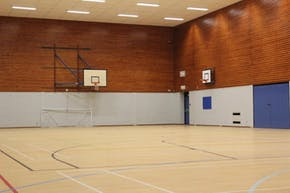 Putteridge High School | Indoor Basketball Court