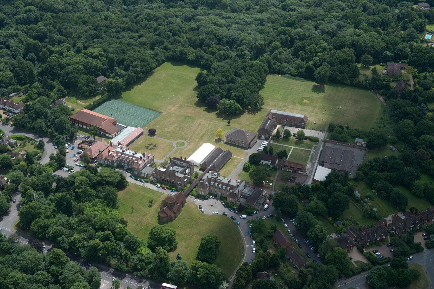 Farringtons School Outdoor | Hard (macadam) tennis court