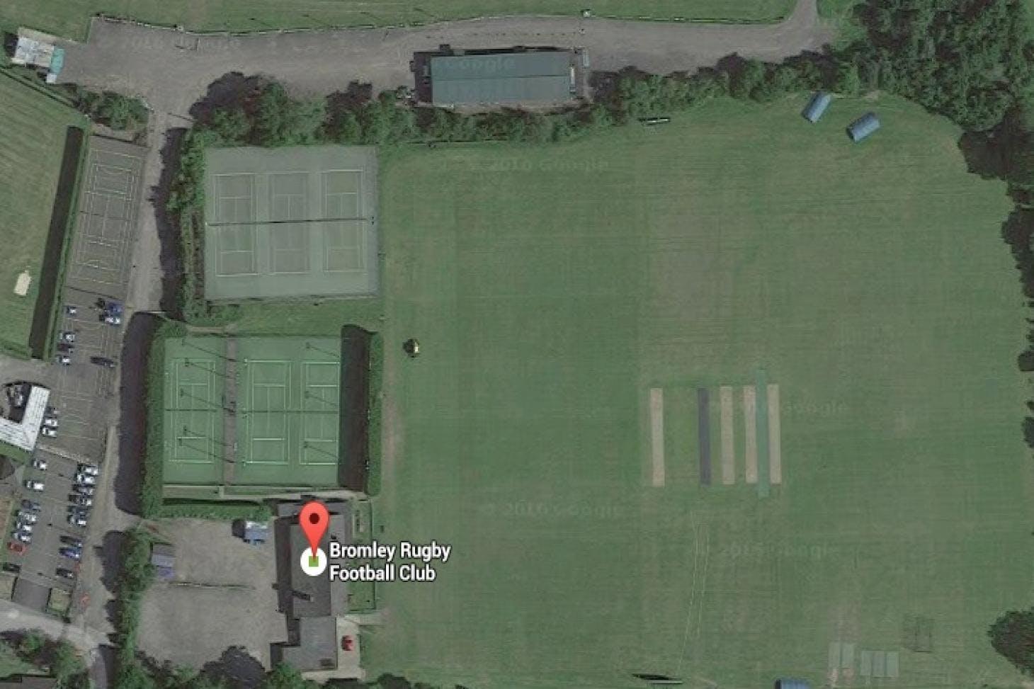 Bromley Rugby Football Club Indoor   Hard badminton court