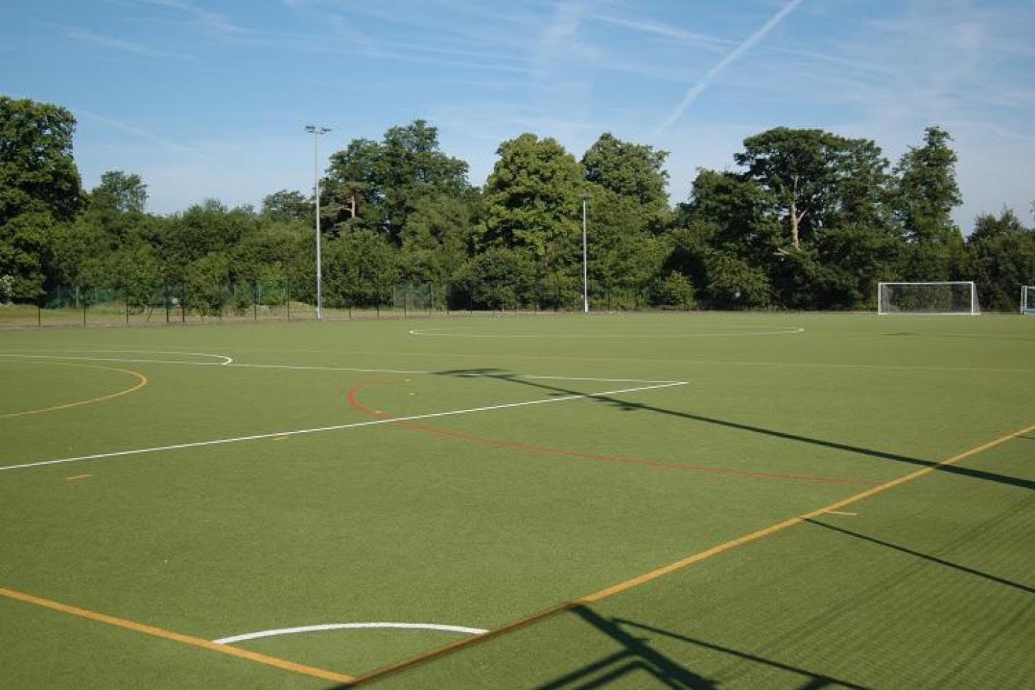 Croydon Sports Club 11 a side | Grass football pitch