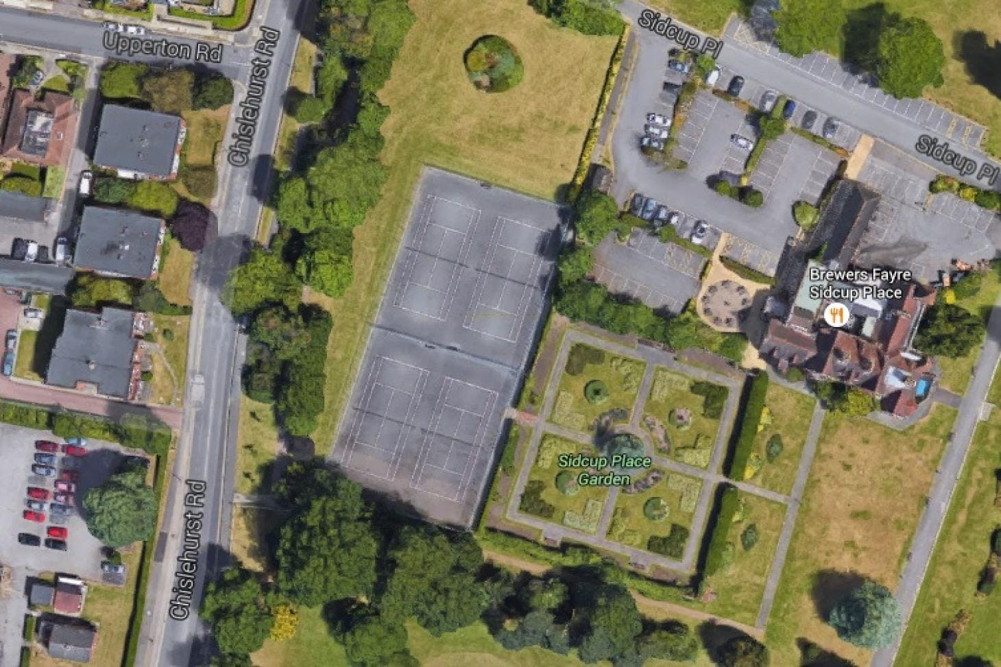 Sidcup Place Outdoor | Hard (macadam) tennis court