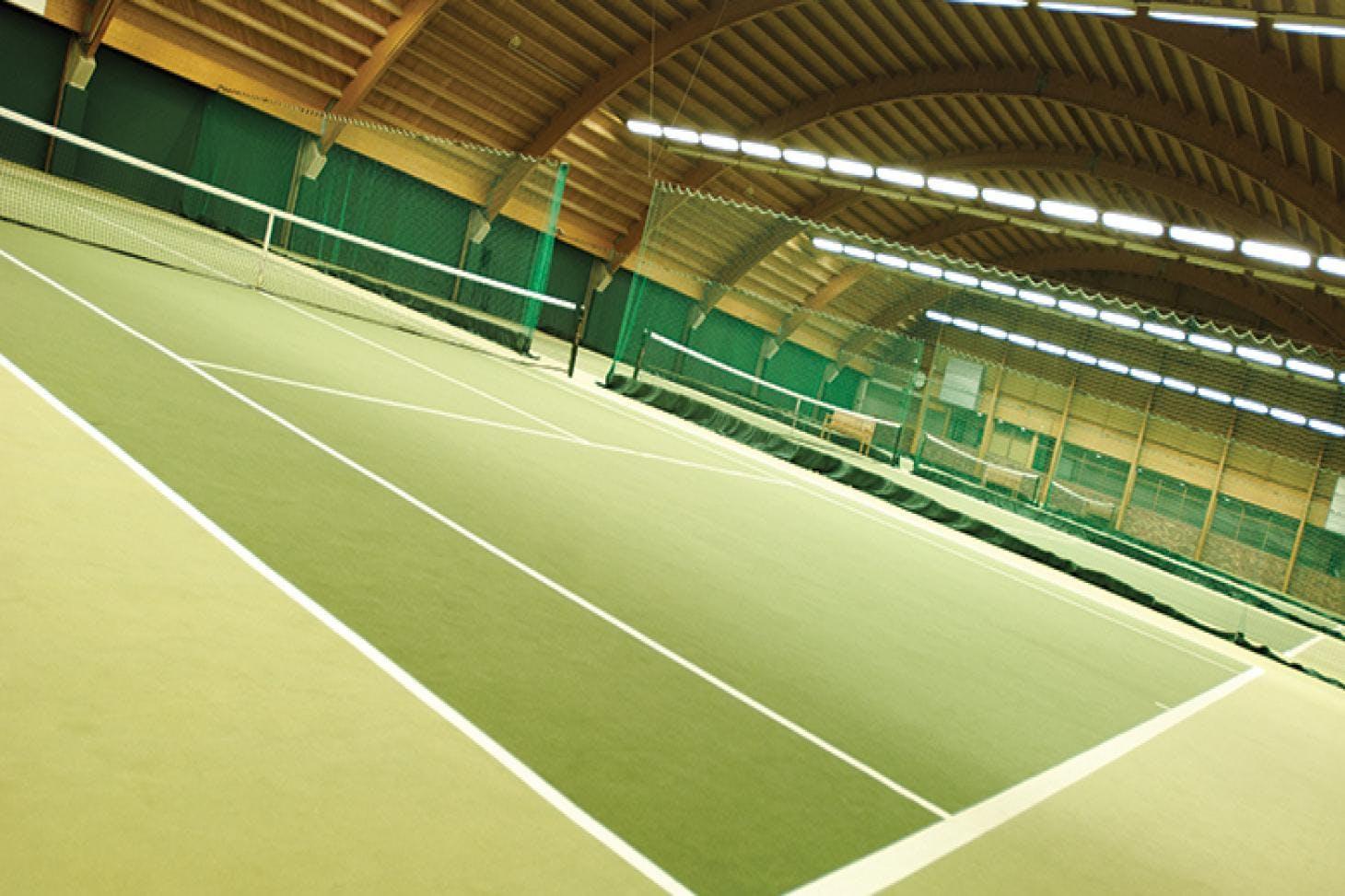 David Lloyd Heston Indoor tennis court