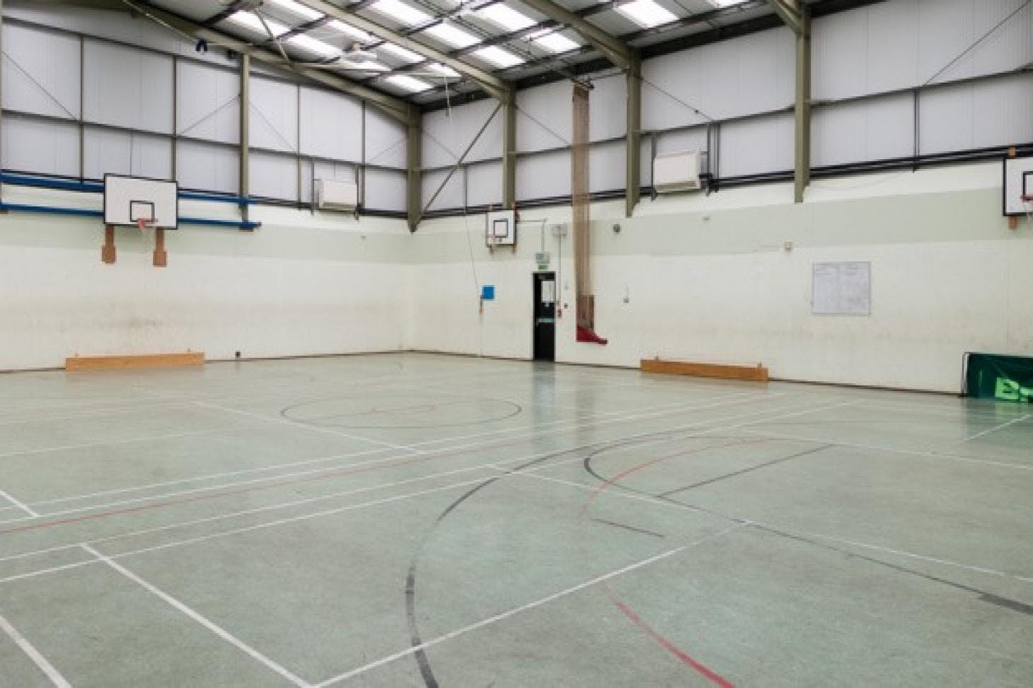Hendon School Indoor | Hard badminton court