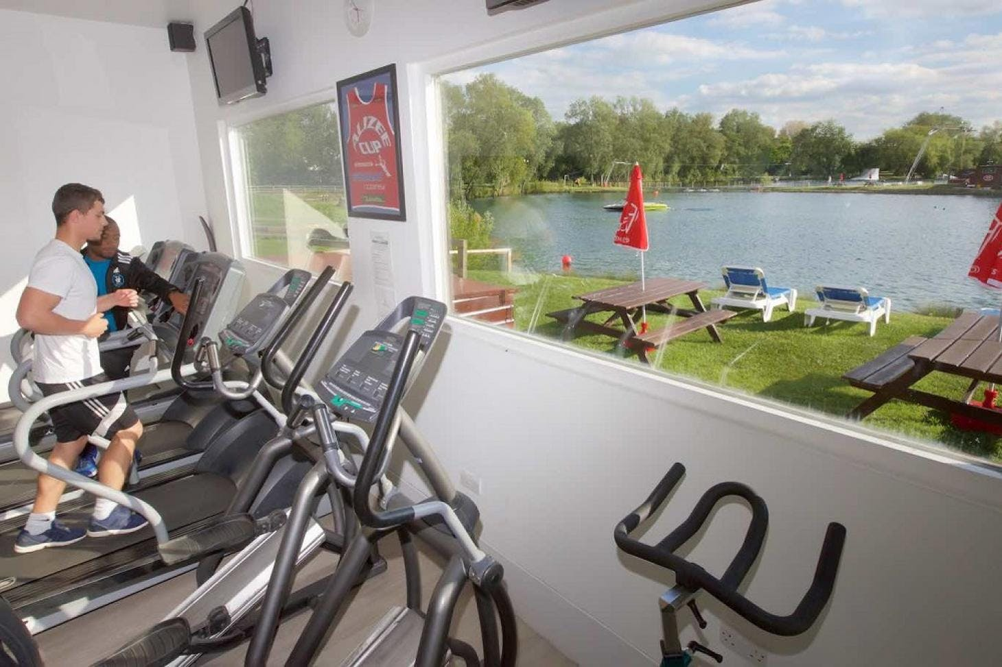 Lakeside Health & Fitness Indoor gym