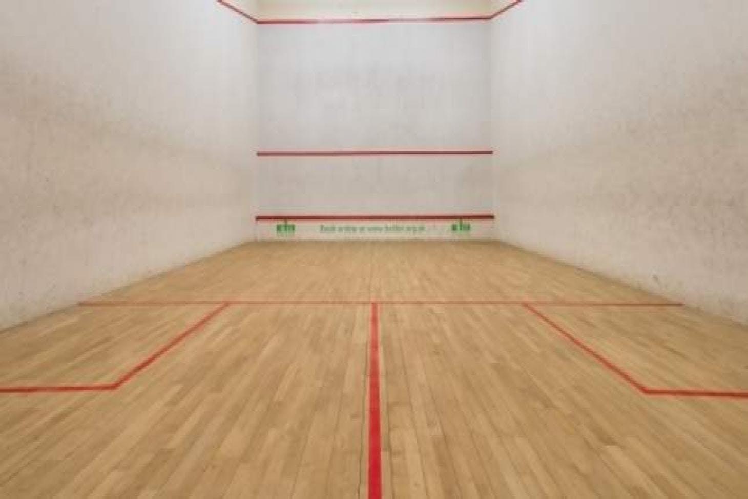 Canons Leisure Centre Indoor | Hard squash court