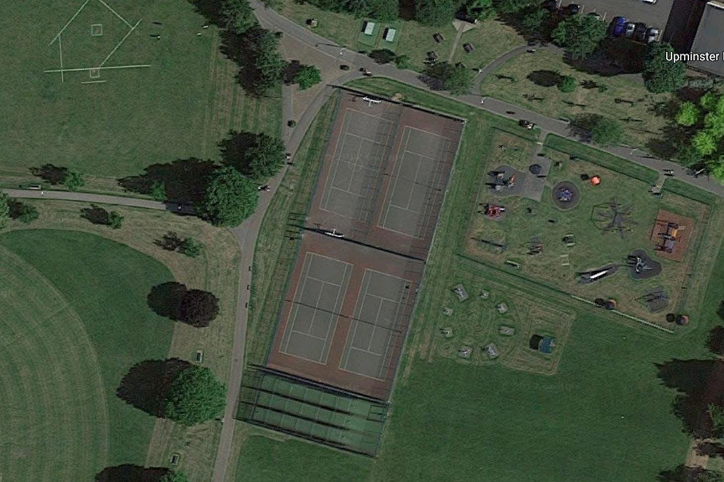 Upminster Park Outdoor | Hard (macadam) tennis court