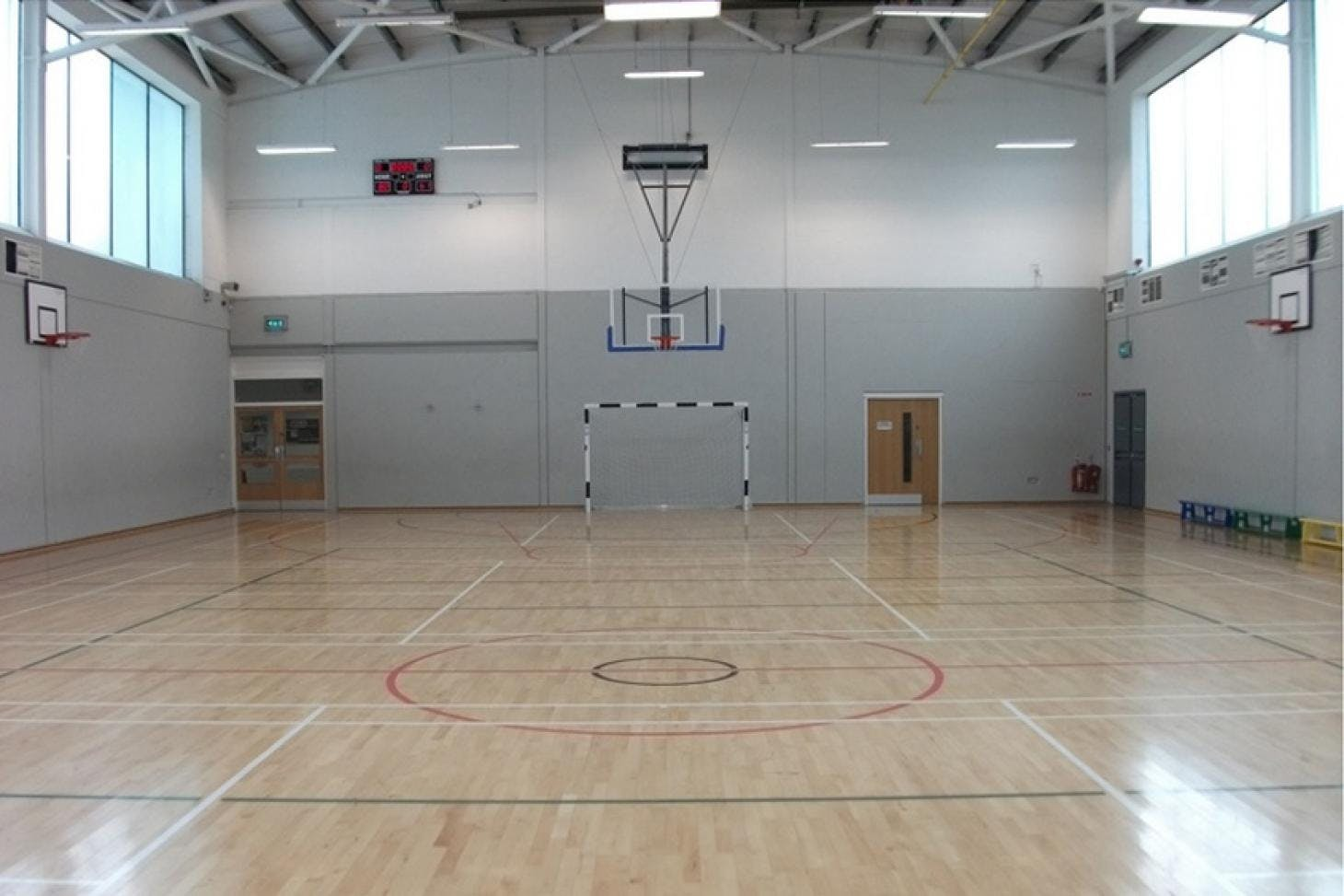 Mountview Youth & Community Centre Indoor | Hard badminton court