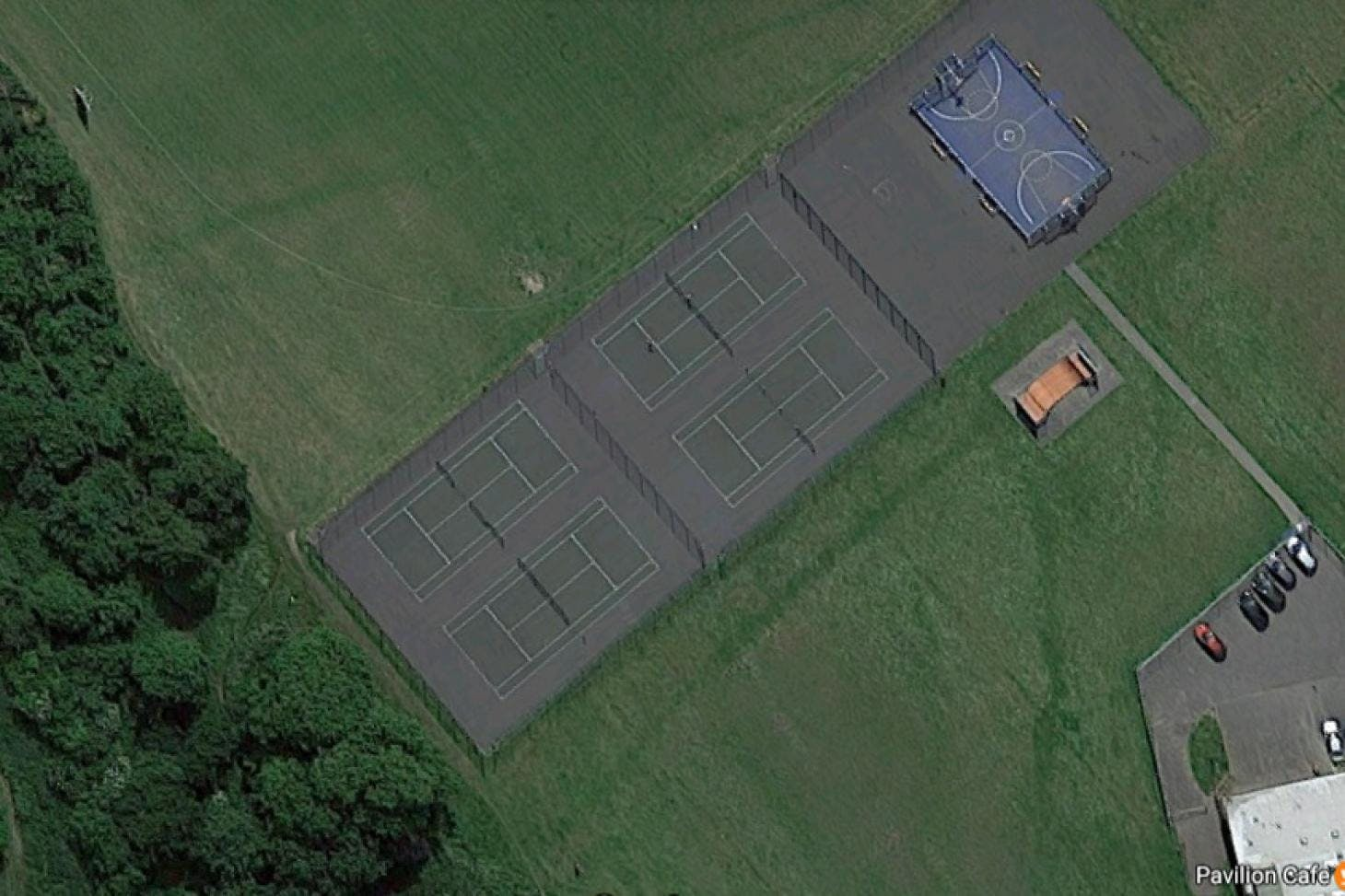 Beddington Park Outdoor | Hard (macadam) tennis court