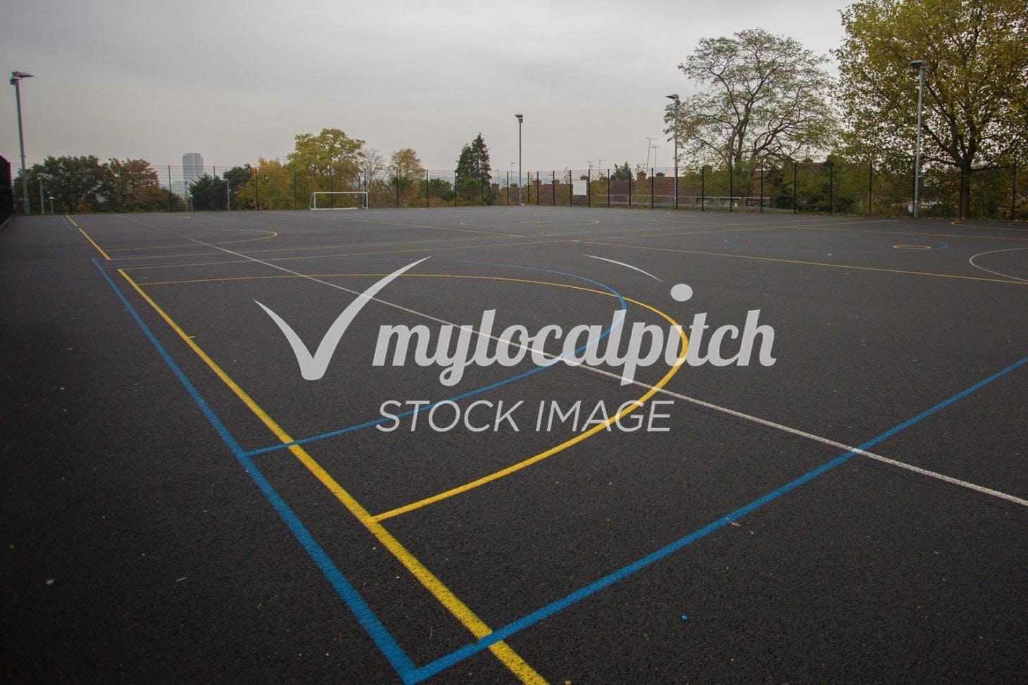 Stanborough School Outdoor | Concrete tennis court
