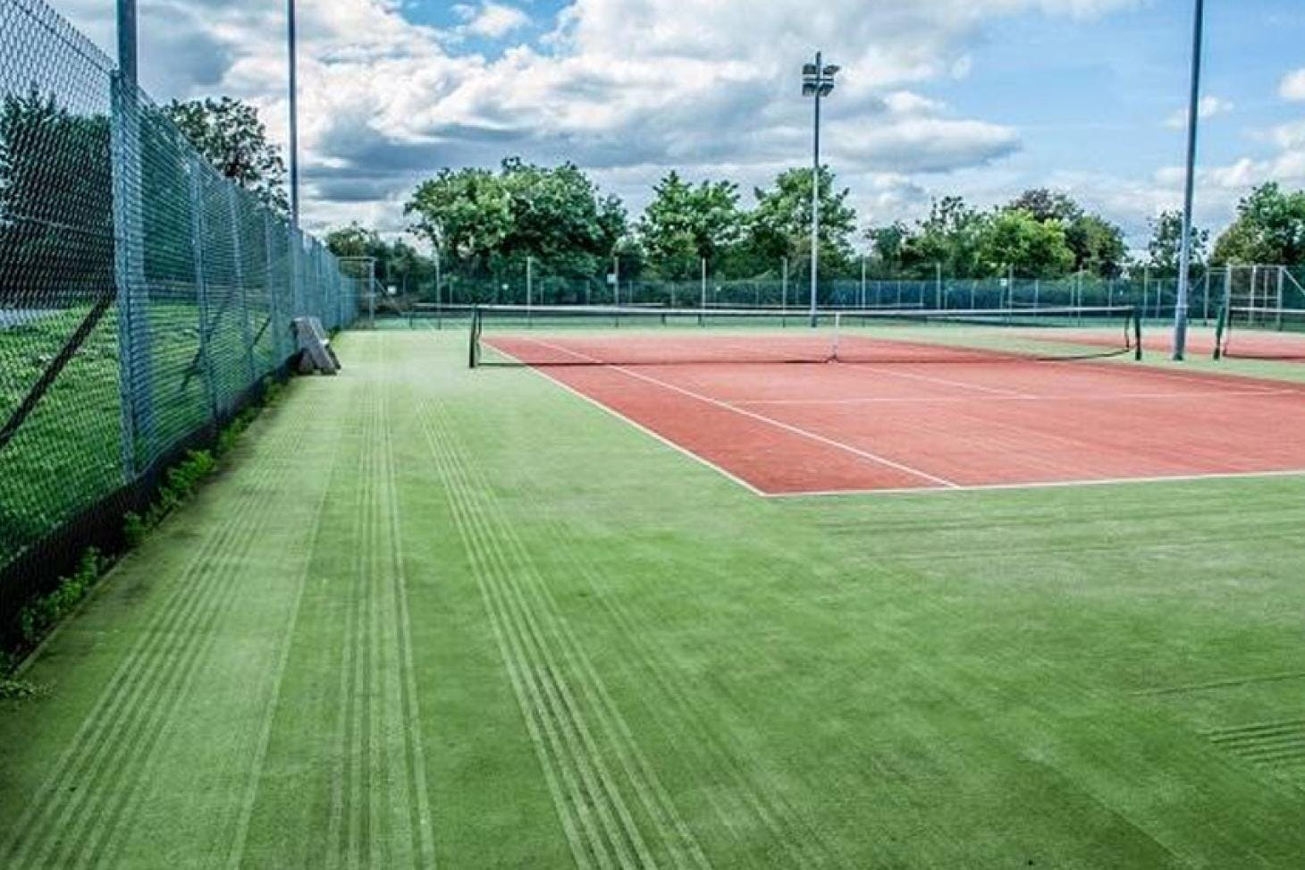 ALSAA Outdoor | Grass tennis court
