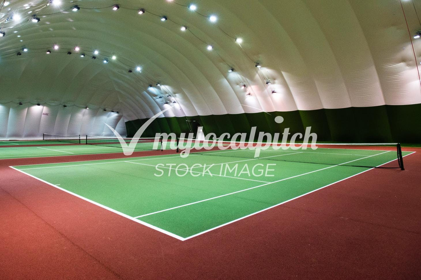David Lloyd Finchley Indoor tennis court