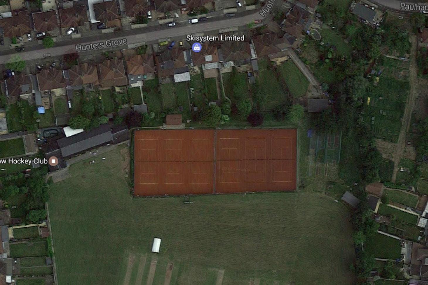 Kenton Lawn Tennis Club Outdoor | Clay tennis court