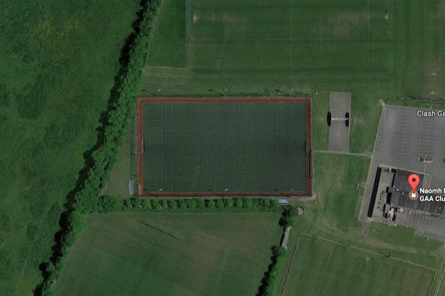 Naomh Mearnóg GAA Club Full size | Astroturf gaa pitch