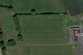 Naomh Mearnóg GAA Club   Grass GAA Pitch