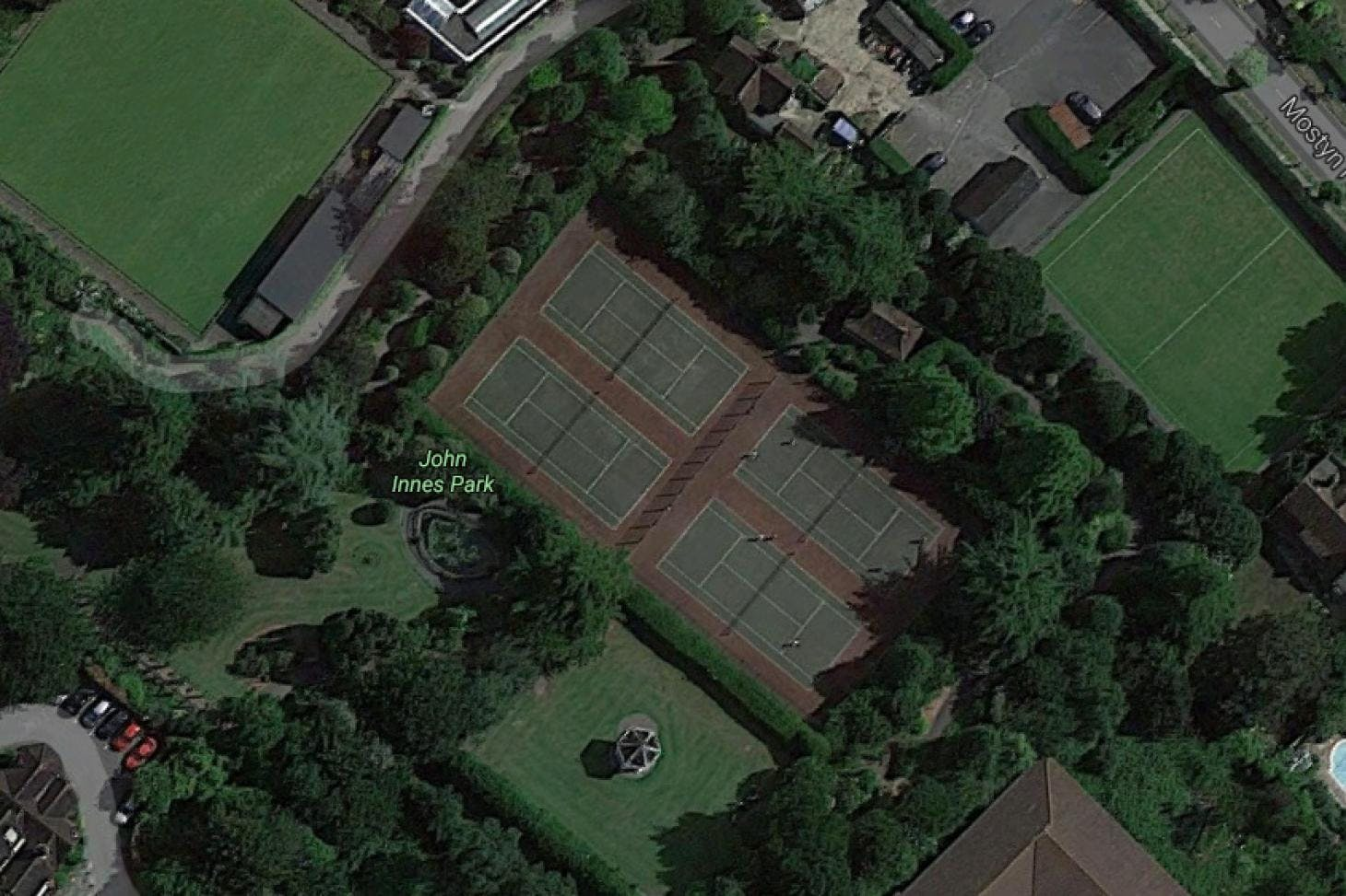 John Innes Park Outdoor | Hard (macadam) tennis court