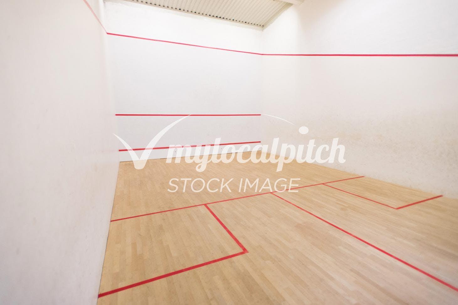 Spencer Club Indoor   Hard squash court