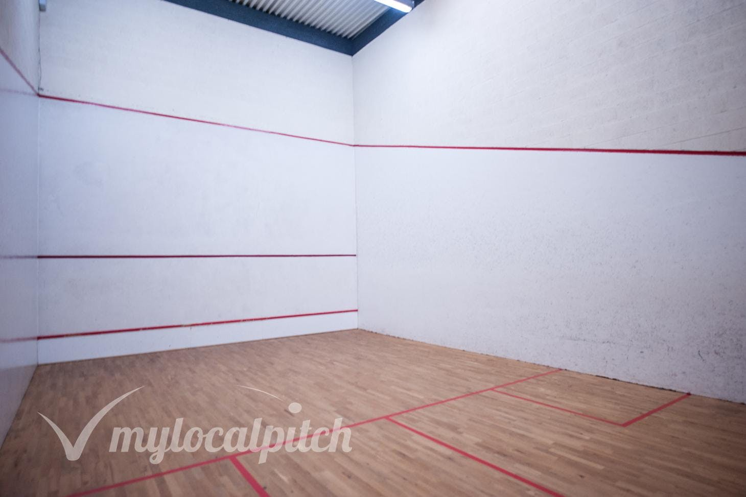Clarendon Leisure Centre Indoor | Hard squash court