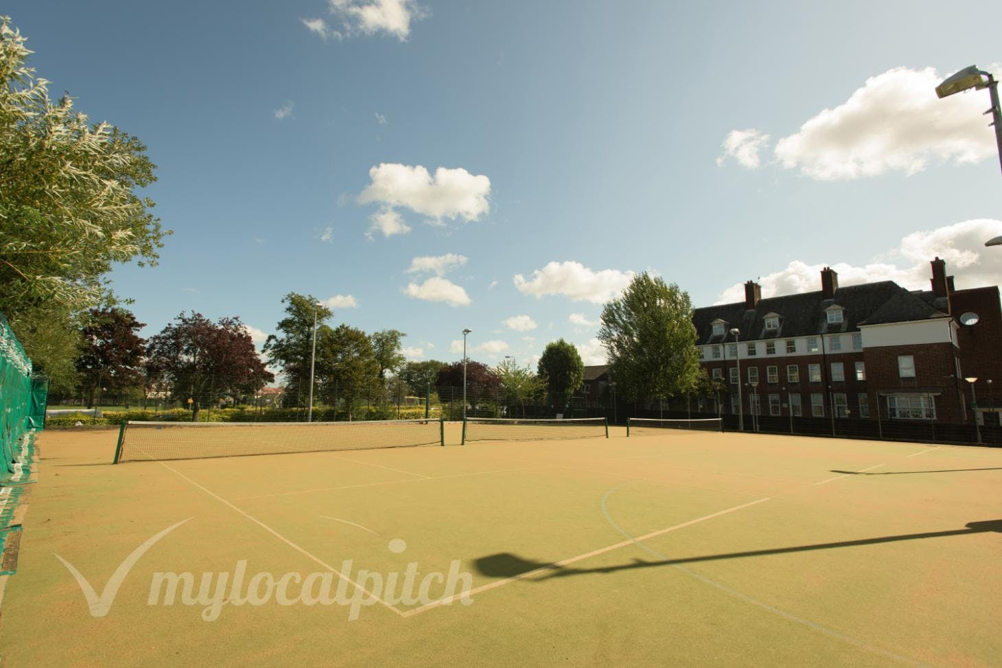 Furzedown Recreation Centre Outdoor | Astroturf tennis court