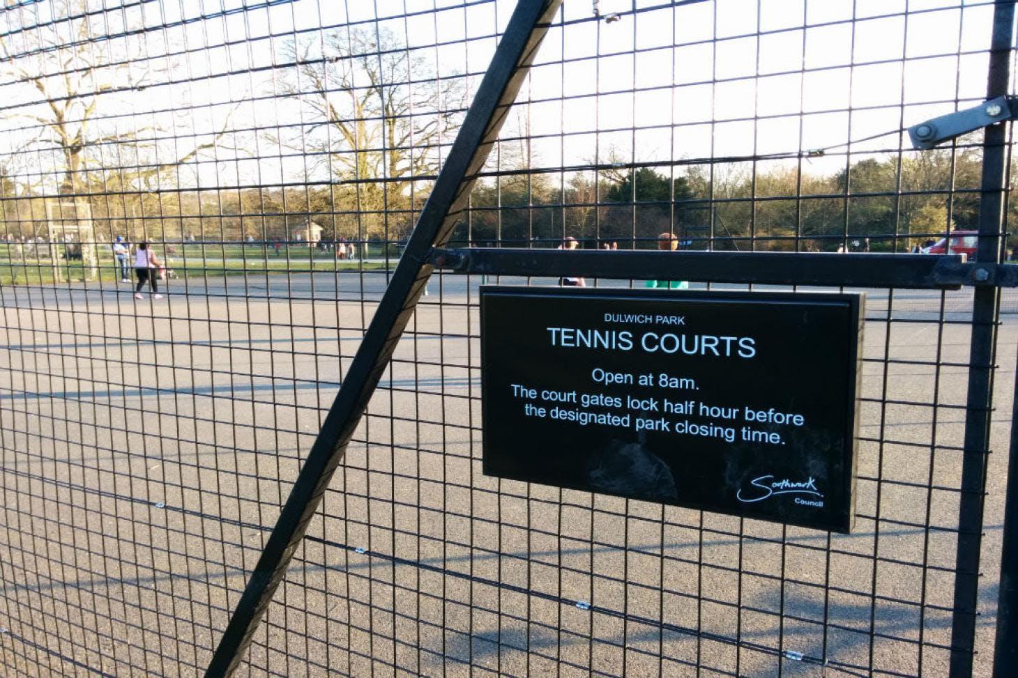 Dulwich Park Outdoor | Hard (macadam) tennis court