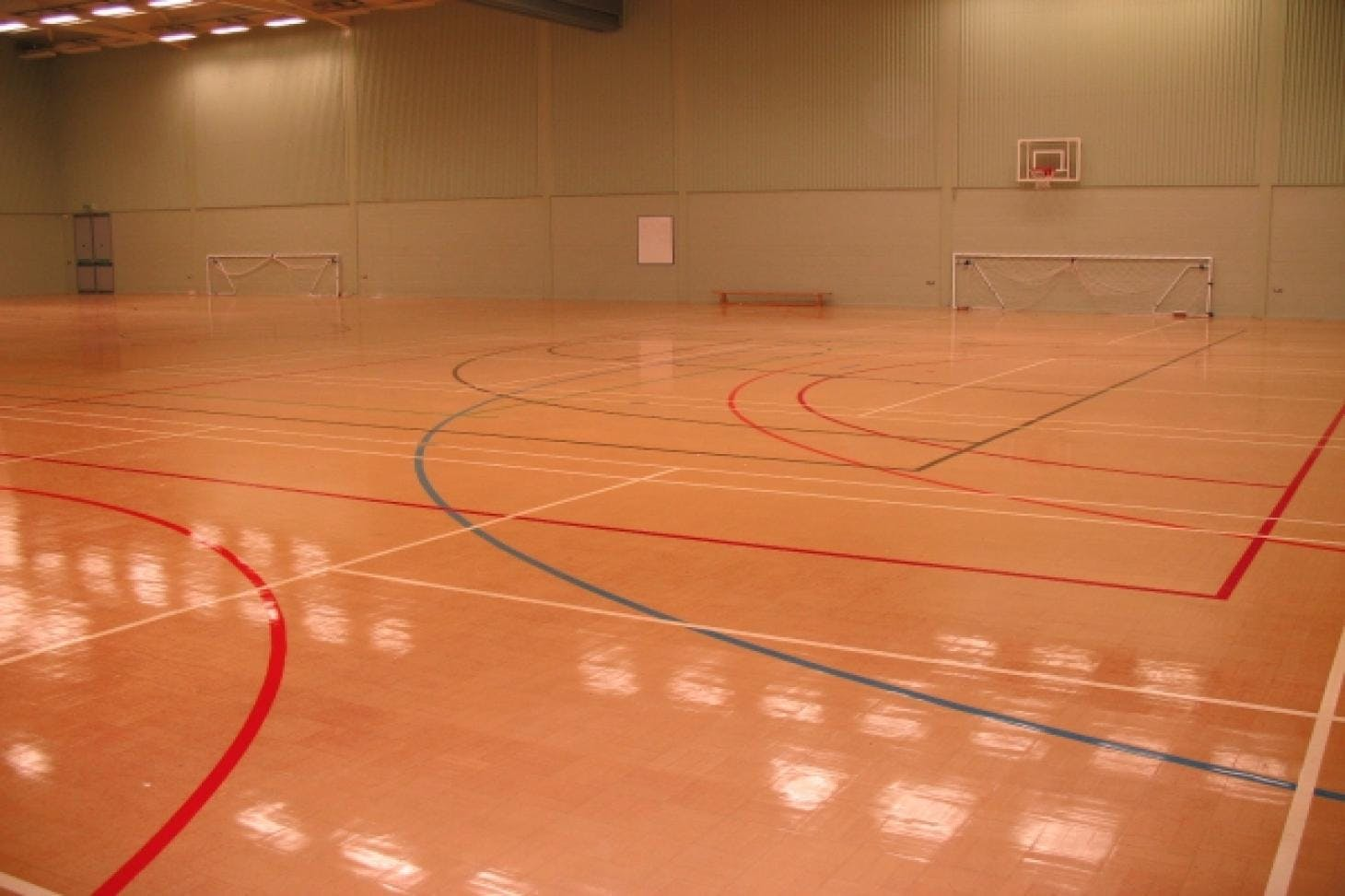 Herschel Sports Indoor | Hard badminton court